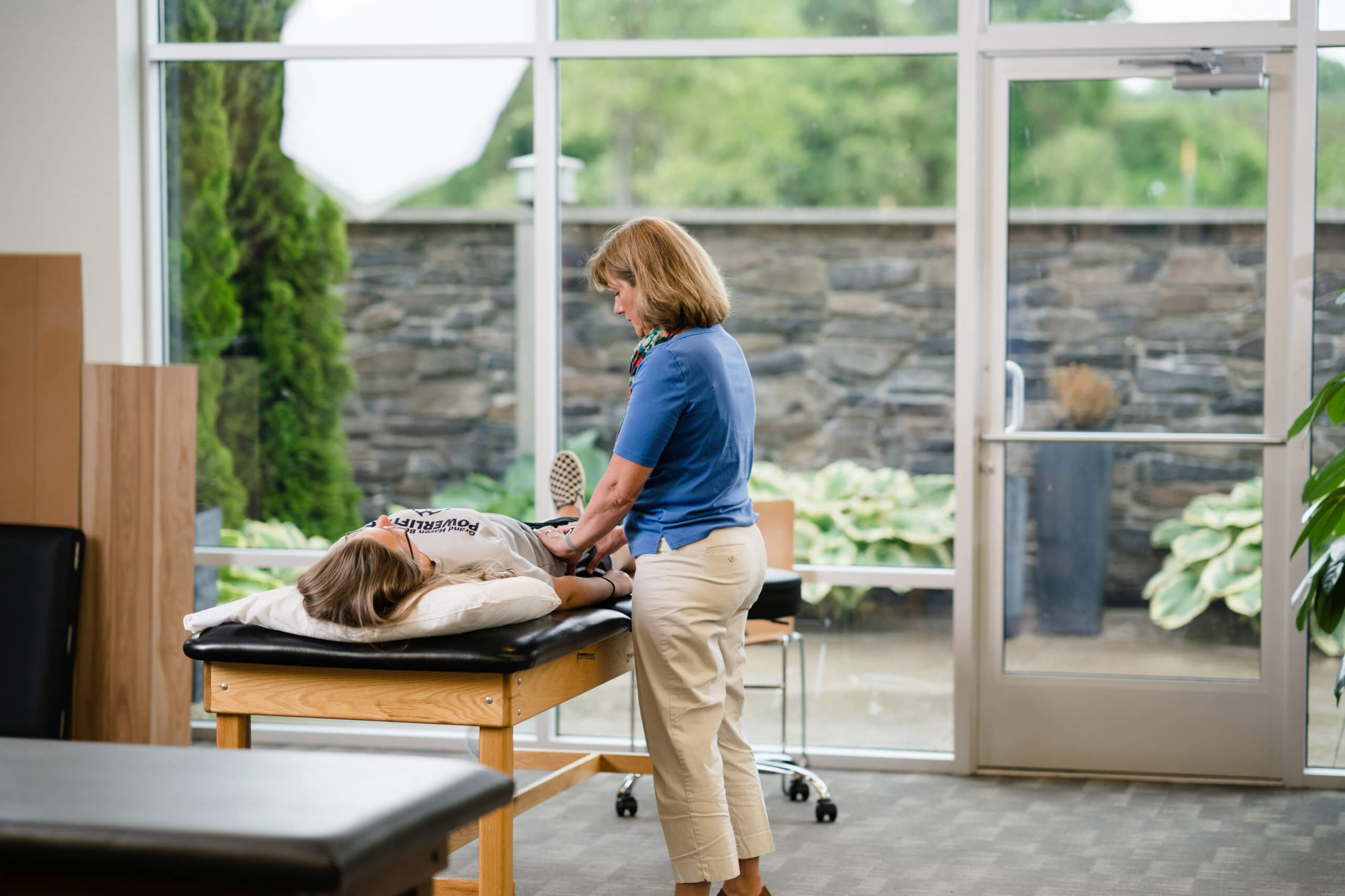 Women's Physical Therapy at i'move